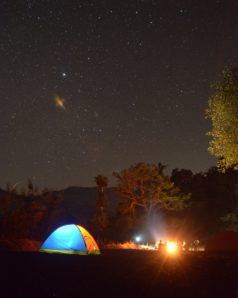 astronomy-bonfire-camping-712067